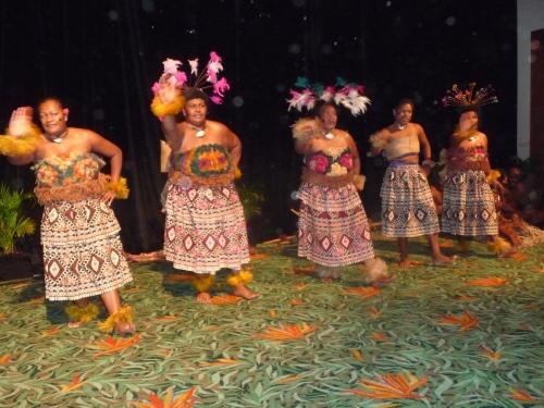 Fijian dancers 2010 -4